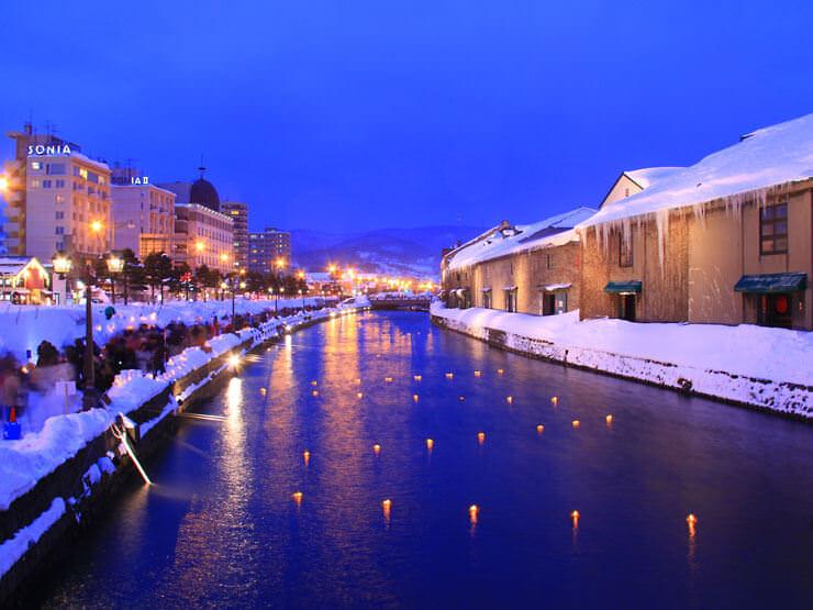 冬を迎えた小樽運河