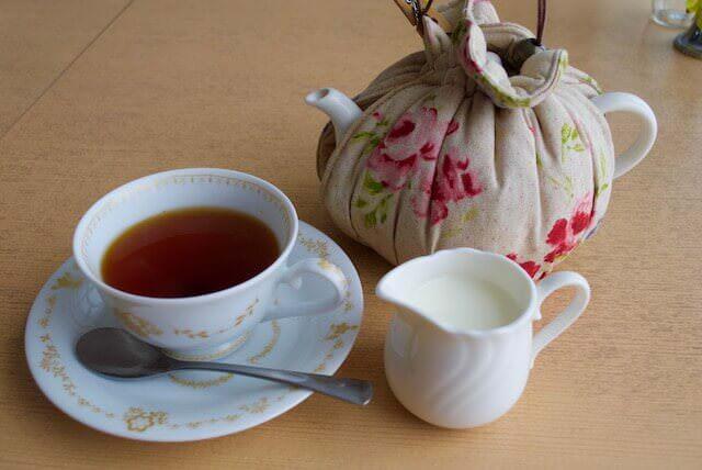紅茶専門店ニルマーネルイングリッシュミルクティ