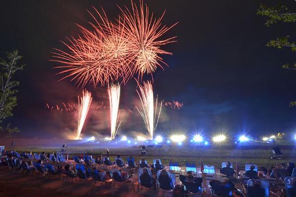 fireworks_hkd_007