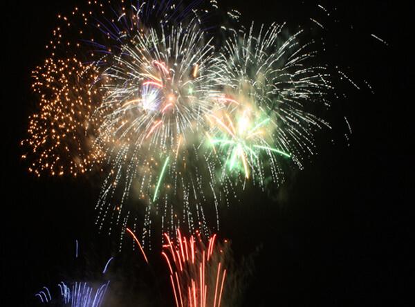 fireworks_hkd_010
