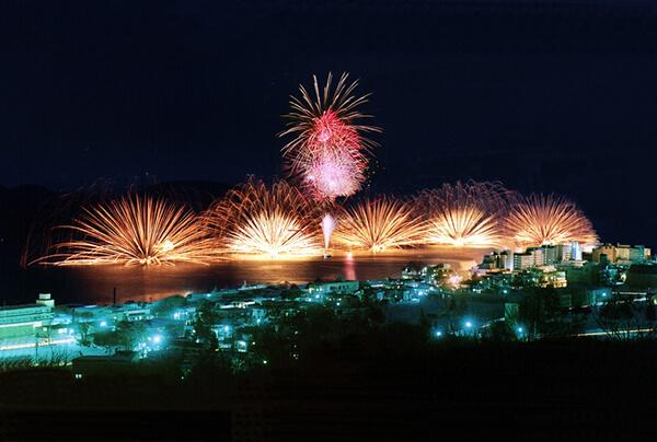 fireworks_hkd_012