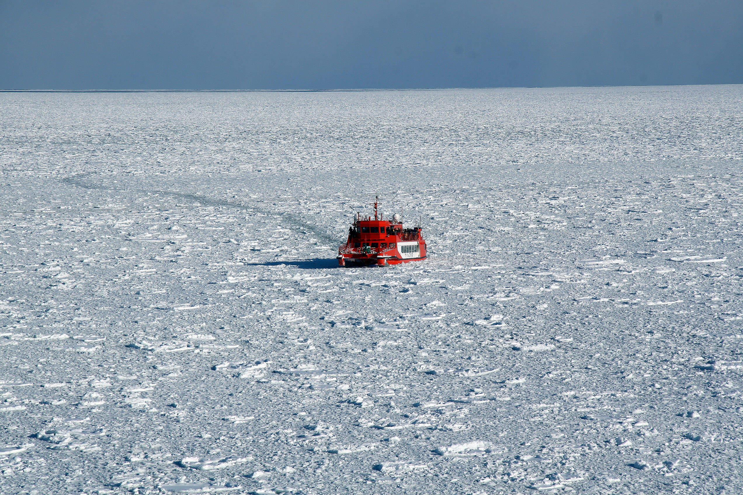 ★流氷に囲まれたガリンコ号写真_photo10
