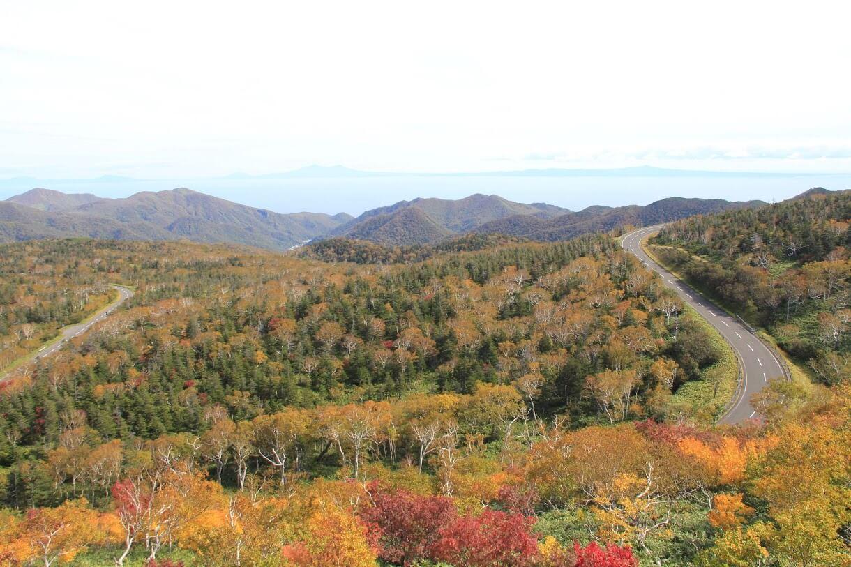 秋の知床横断道路